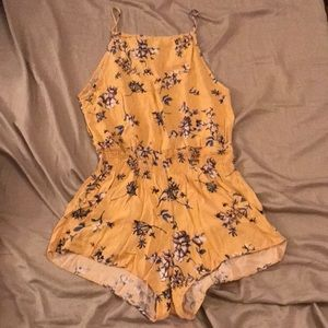 Brandy Melville Yellow Floral Blanche Romper